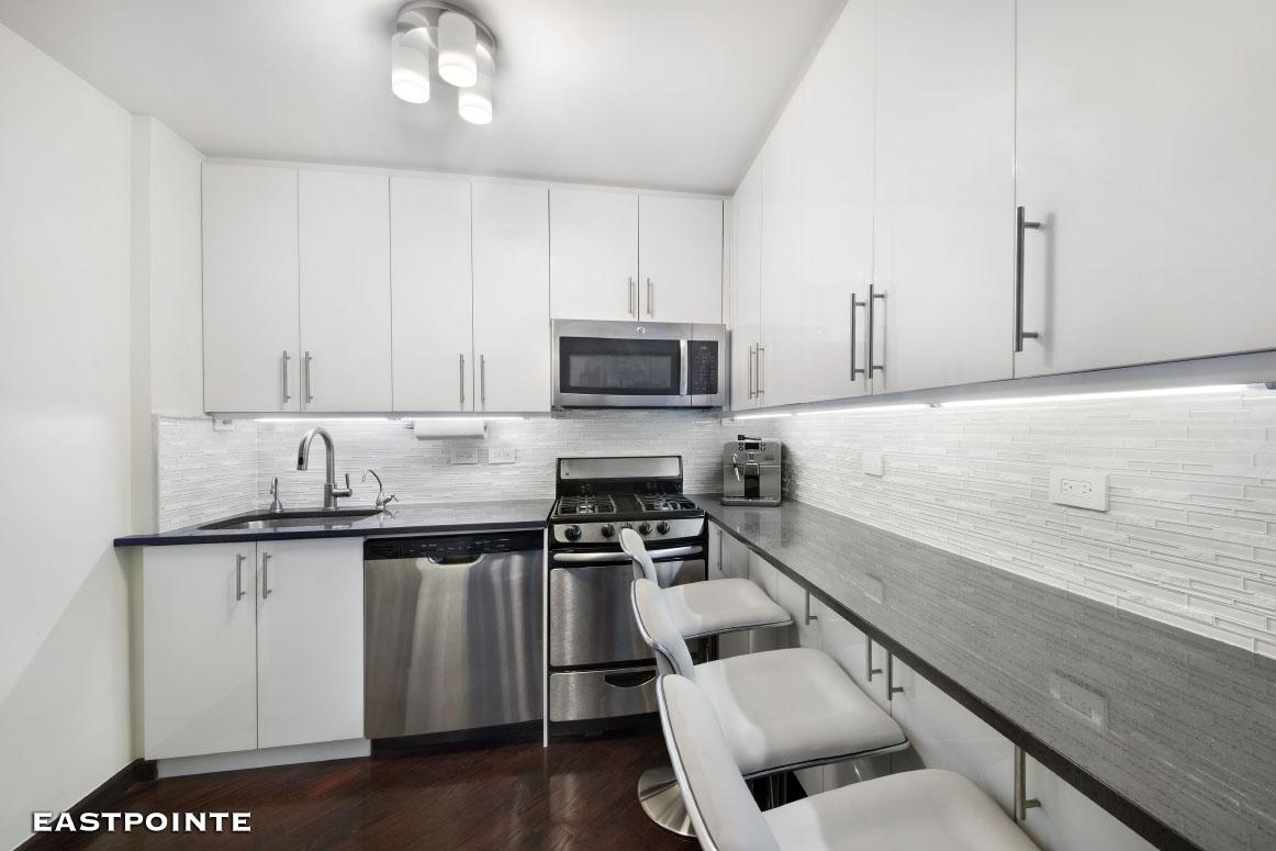 215 East 80th Street Residence 14M